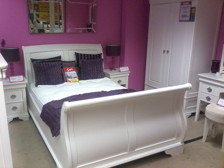The classic white sleigh bed. 17 Best images about White sleigh bed on Pinterest   Sliding barn