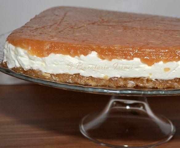 tort de mere in straturi, tort cu mere in straturi, tort cu mere si frisca, tort de mere si frisca, tort de mere fara blat, tort de mere fara coacere