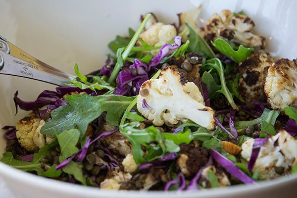 Warm autumn salad with cauliflower and lentils – Recipes – Bite