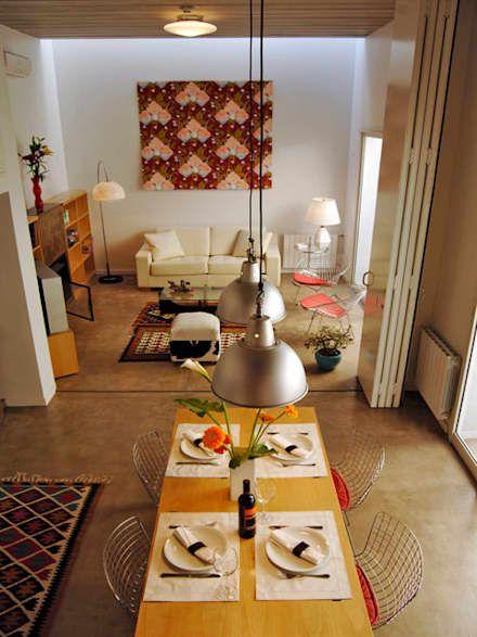 moderne Wohnzimmer von Paula Mariasch - Juana Grichener - Iris Grosserohde Arquitectura