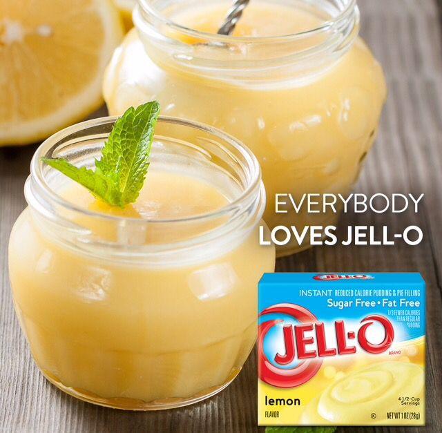 ¿Con quién compartirías la suavidad de este rico pudín?  Prepáralo colocando en un envase tipo bowl 2 vasos de leche fría, mézclala poco a poco con el contenido de un sobre de Jell-O pudín instantáneo de Limón y déjalo reposar. ¡A disfrutar!  #Hagamosalgodelicioso #KraftRD #Puding #lemon