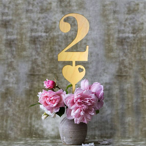 Wooden Wedding Table Numbers with Heart, Wooden Table Numbers for Wedding - Set of 6 Wooden Wedding Table Numbers with Heart, Wooden Table Numbers for Wedding - Set of 6
