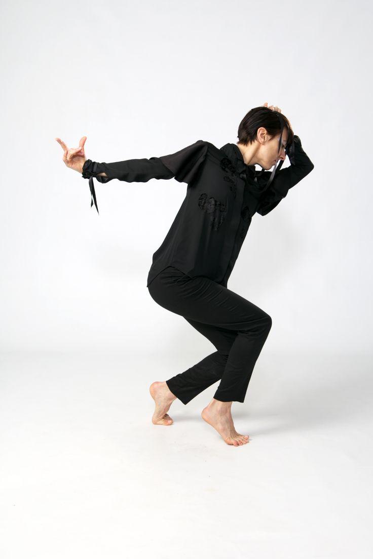 Design/ Shirt LINA .Photo/ Ankie Janssen. Model/Dancer Inma Pavon.