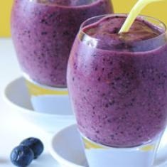 Blueberry Brain Boost Smoothie (via foodily.com): Almond Milk, Boost Smoothie, Brainboost, Frozen Blueberries, Blueberries Brain, Brain Boost, Smoothie Recipes, Weights Loss, Frozen Banana