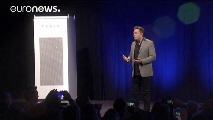 Tesla jelentések nagy veszteségeket újra