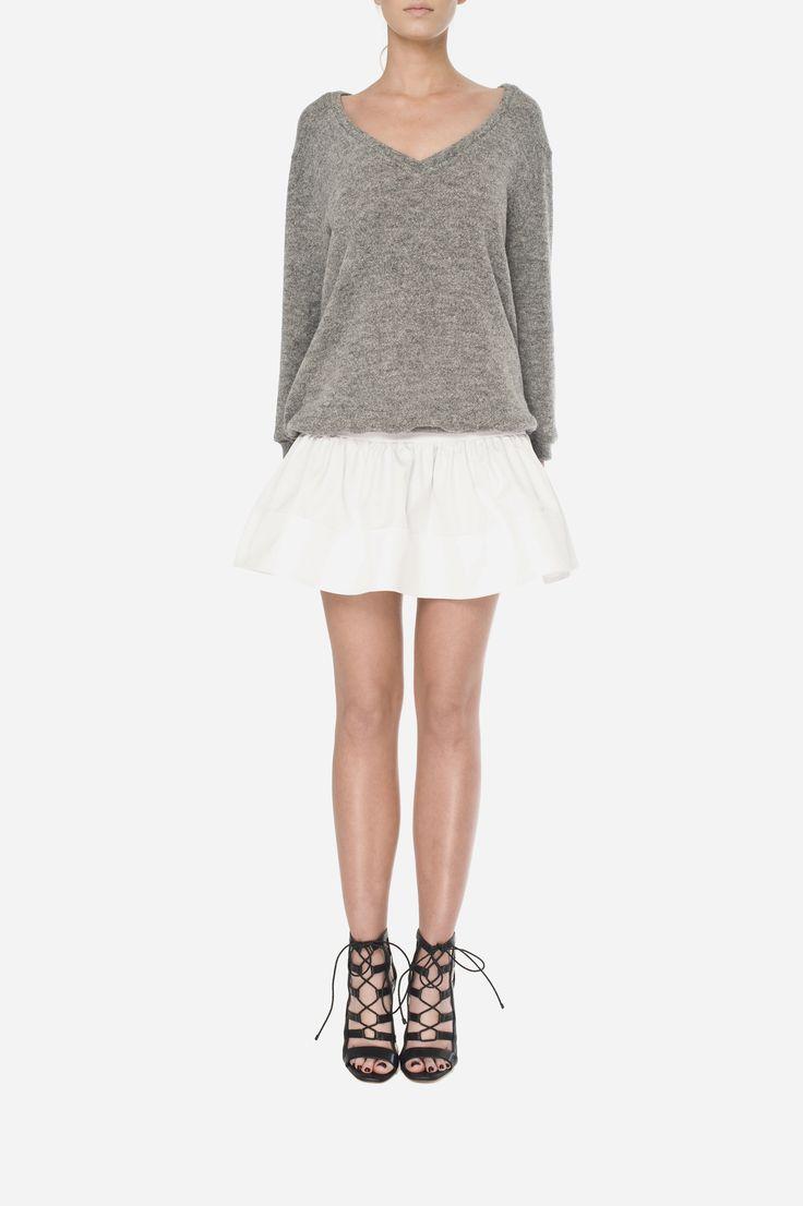 47 Woolen jumper - 500zł (125€), Skirt - 450zł (115€)