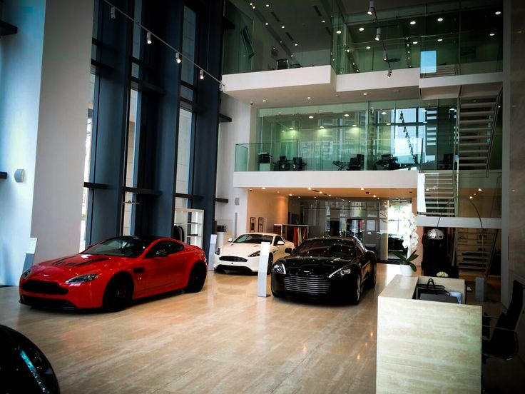 Visiting the Aston Martin Showroom in Dubai to showcase Audiomoda's luxury home audio system, the Aston Martin Zygote.