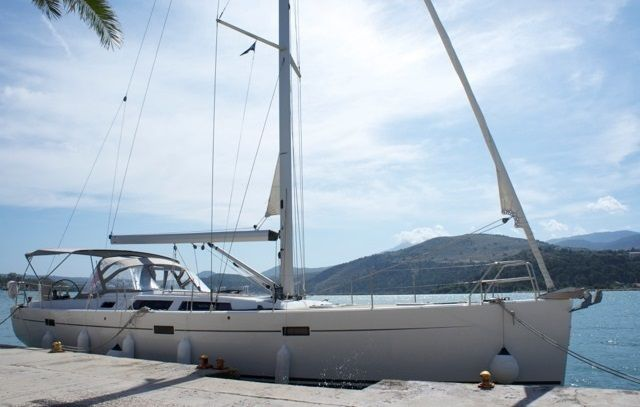 HANSE 470E - FOR SALE - This Hanse 470 E designed by Judel & Vrolijk and built by Hanse in 2009 and commissioned in 2010 is a fast and comfortable cruiser and is easy to sail even with a small crew. The ´E´ stands for Elite Class but in this case it also stands for the heavily reinforced hull built in Epoxy