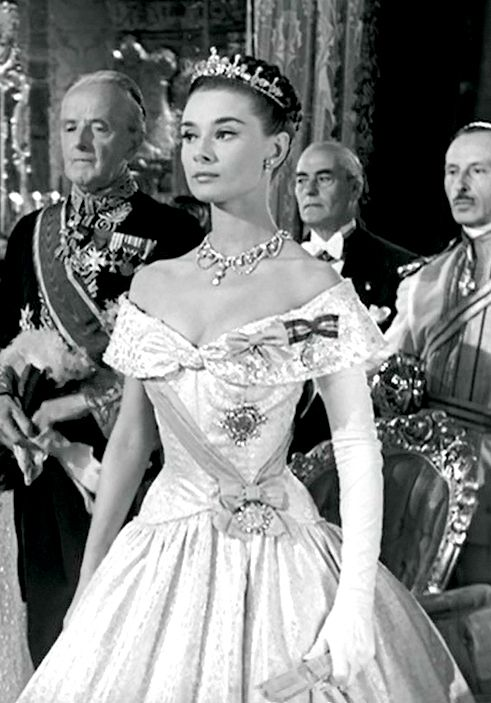 Audrey Hepburn ~ Roman Holiday, 1953 - Grace, talent, style & compassion make this wonderful actor from the 1950s through the 1970s a Hollywood Icon