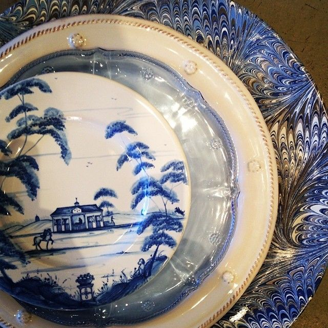 ... layered perfectly with our Berry and Thread Delft blue glass salad plate Firenze Delft blue charger Whitewash Berry and Thread dinner plate setting & 38 best Juliska images on Pinterest | Dinner plates Dinner ware and ...