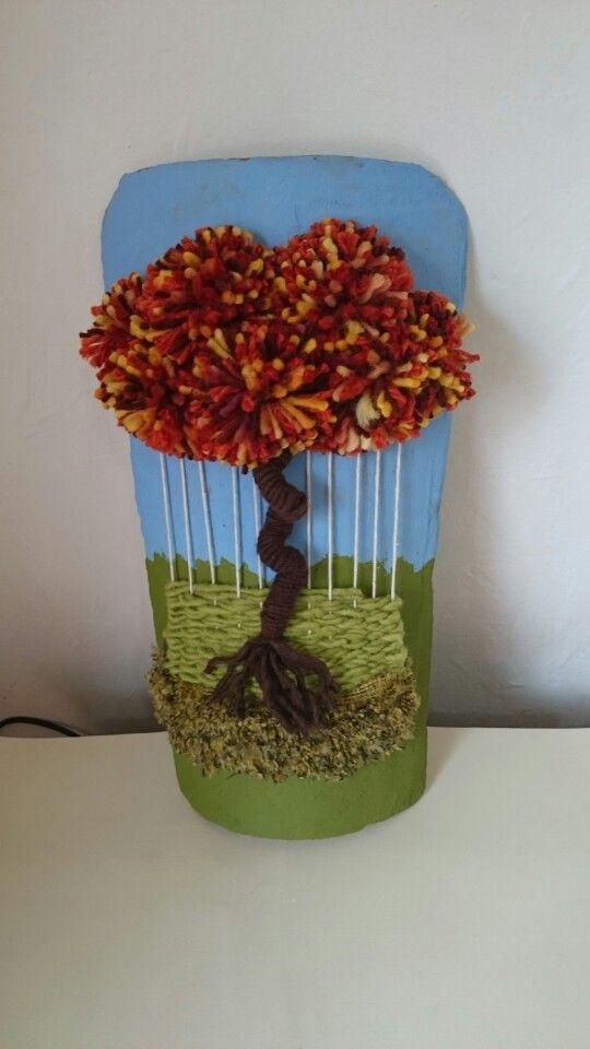 Telar árbol decorativo en teja