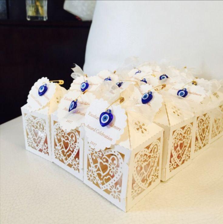 Unique wedding favor – safety pins- 100 pcs – resin evil eye beads – tiny evil eye safety pins – nazar boncuk – baby shower favor – turkish