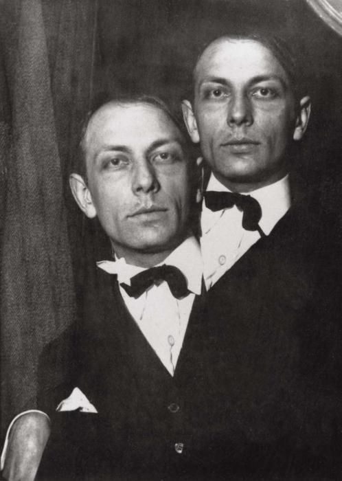 Claude Cahun - Henri Michaux, 1925