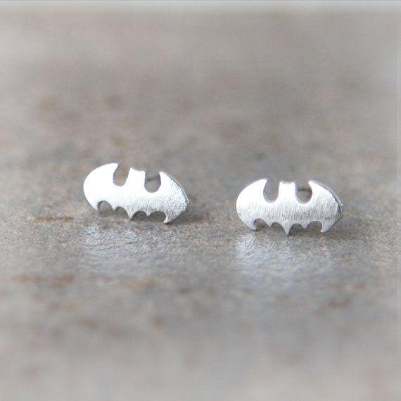 Les boucles d'oreilles de chauve-souris de bébé par laonato sur Etsy