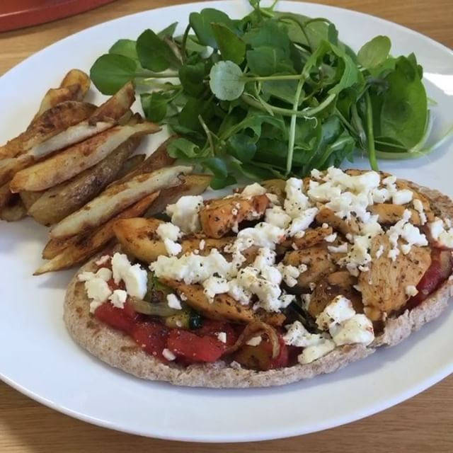Pitta Pizza & Chips - The Body Coach