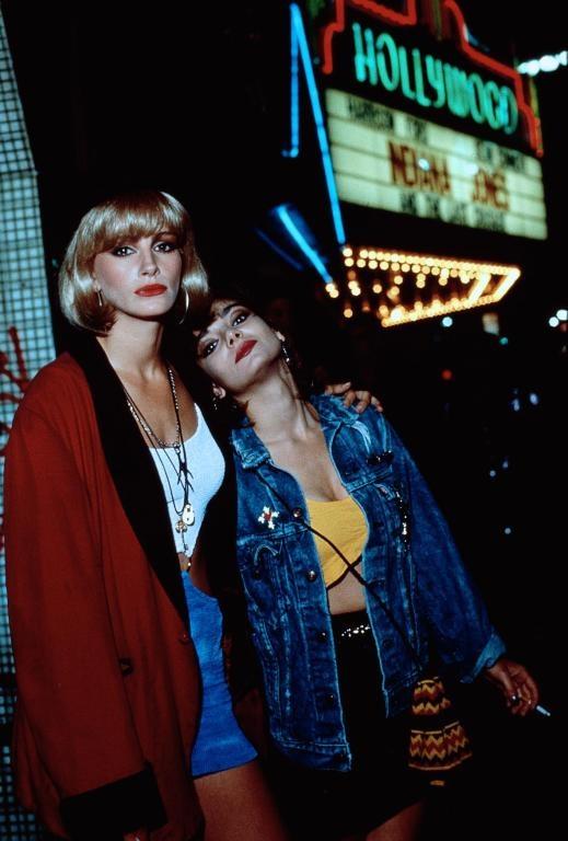 Pretty Woman - Julia Roberts, Laura San Giacamo #prettywoman #juliaroberts #laurasangiacamo #1990