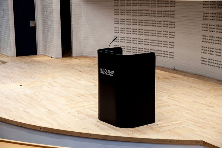 Legoland Hotel and Conference center Impact lectern 2, rostrum and podium in massive Corian®, linoleum table top and acoustic felt at the inside. Talerstol og pult i massivt Corian®, linoleum plade og akustisk filt på indersiden.
