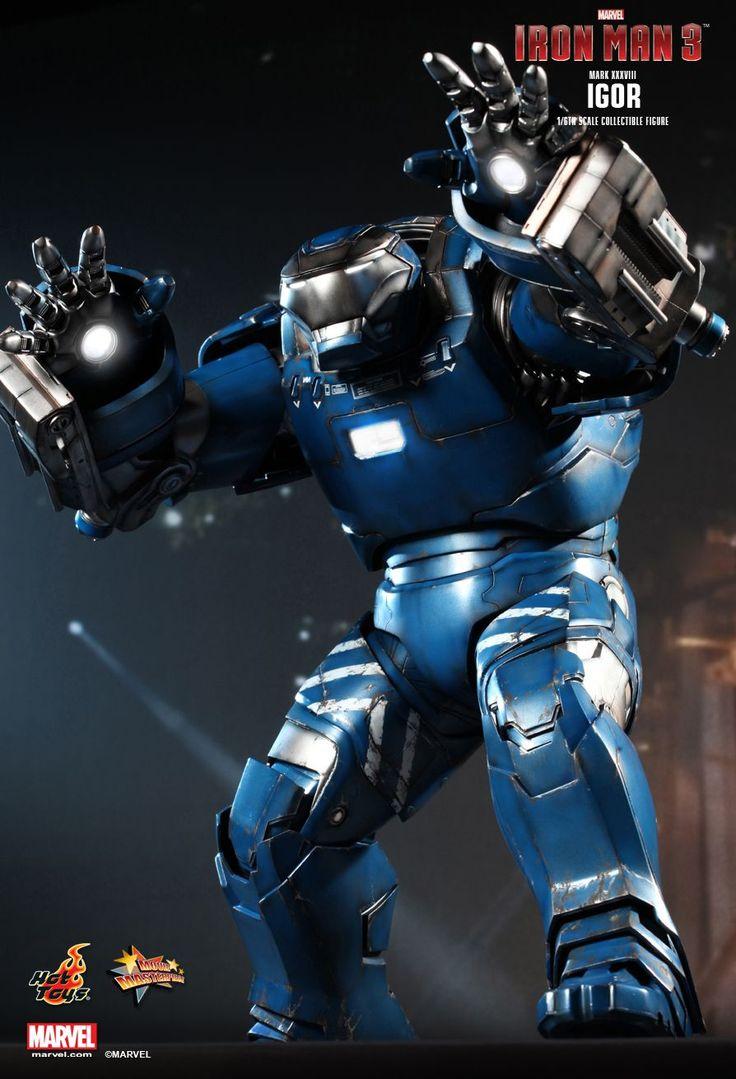 Hot Toys : Iron Man 3 - Igor (Mark XXXVIII) Collectible Figure 1/6th scale Collectible Figure