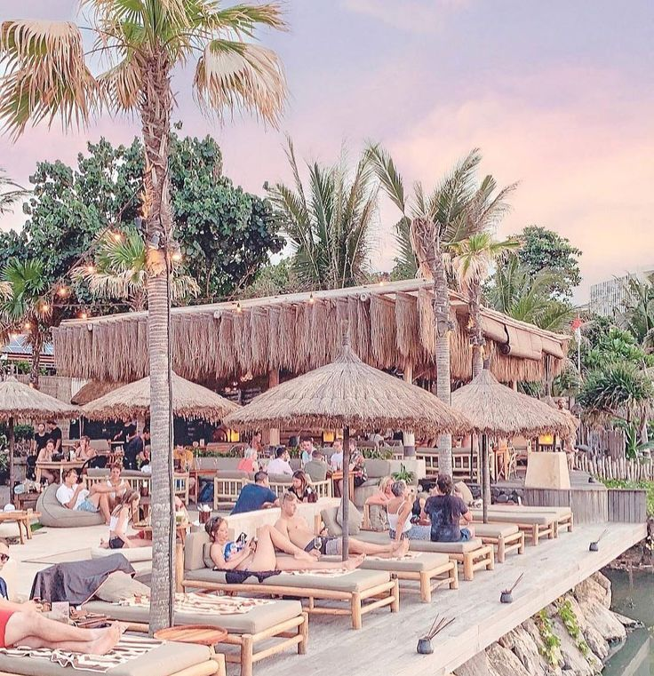 Rekomendasi Tempat Objek Wisata Beach Club Bali Mano Beach ...