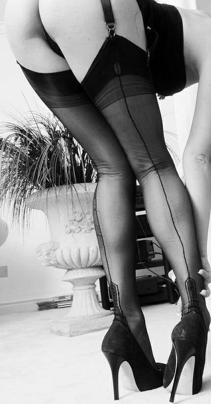 84d70ae14d0 Pin on Pantyhose legs
