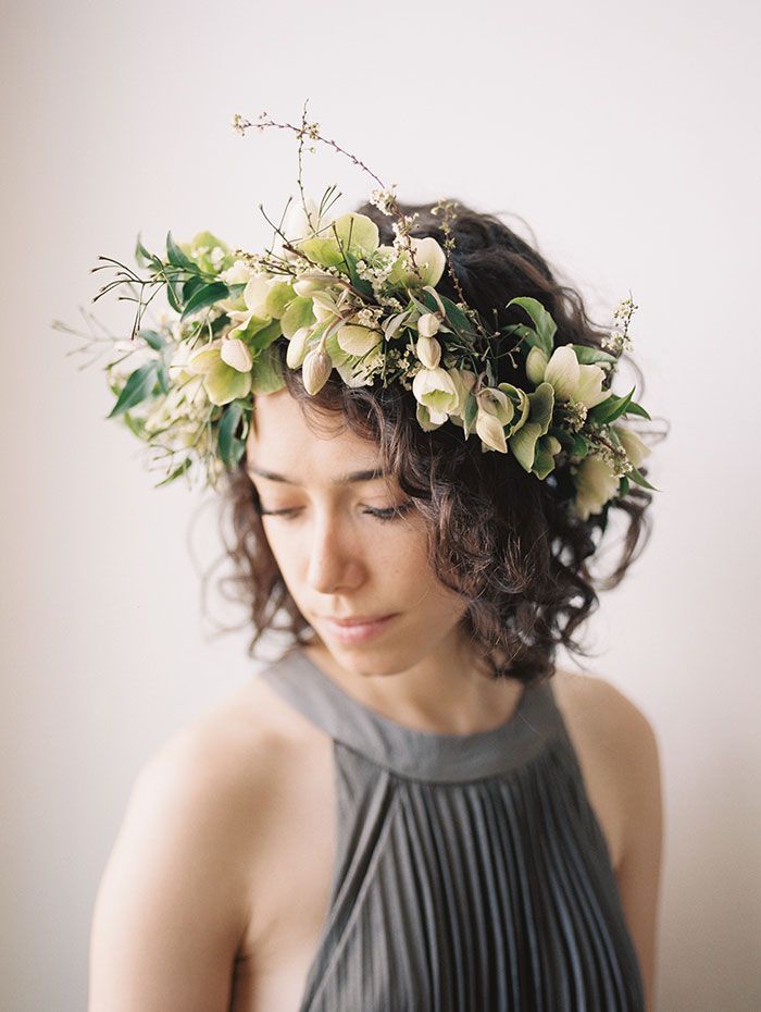 wedding hair styles with flowers 942 best flowers in hair wedding images on 5448
