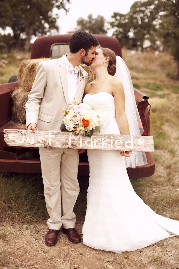 West Vista Ranch Rustic Wedding In Texas - Rustic Wedding Chic: Ranch Wedding, Woods Signs, Photo Ideas, Old Trucks, Weddings, Country Wedding, Just Married Sign, Wooden Signs, Rustic Wedding