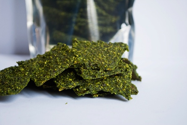 Savory Kale Crackers. Vegan. YES! | kale | Pinterest | Kale, Crackers ...