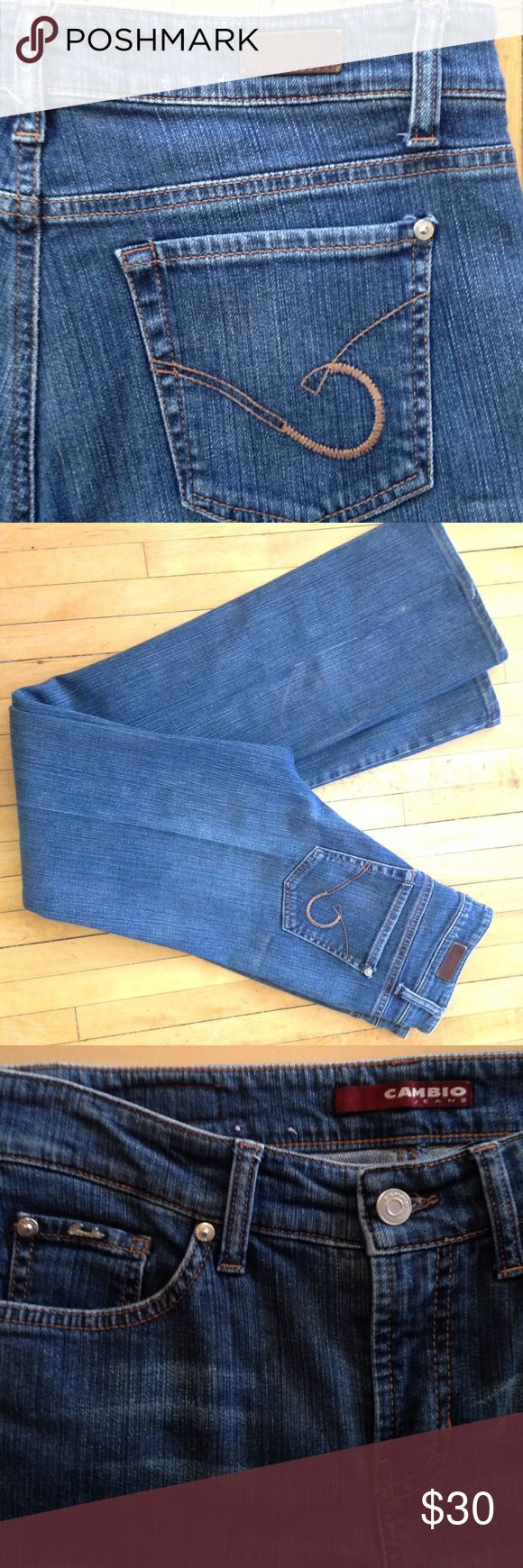 "Cambio Norah Jeans Cambio Jeans mid wash ""Norah"" straight leg. Excellent quality and condition!  Size 6. Inseam 32"".  Rise 8"". Waist 14.5"" across Cambio Jeans Jeans Straight Leg"