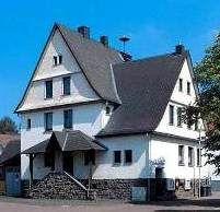 Früher Schulhaus, heute Jugendzentrum