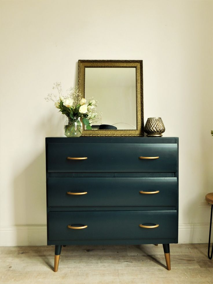 les 25 meilleures id es de la cat gorie relooking de commode sur pinterest vieux m tamorphoses. Black Bedroom Furniture Sets. Home Design Ideas