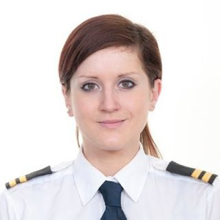 Most Popular Female Pilots from all Over the World: Pilot Natalie Soulsby
