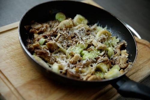 Μανιτάρια με πράσα και κουρκούμα, συνταγές για χορτοφάγους χωρίς γλουτένη