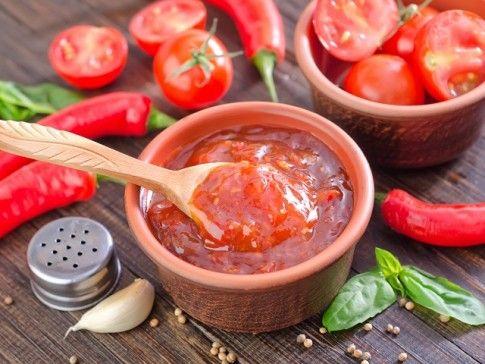 5 przepisów na sosy, które nadadzą smak każdemu daniu