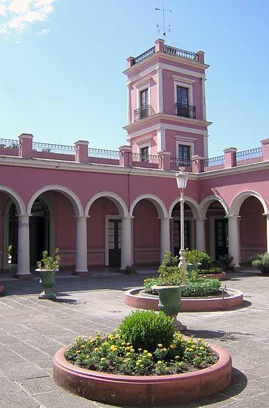 Patio central del Palacio San Jose. Entre Ríos. Argentina