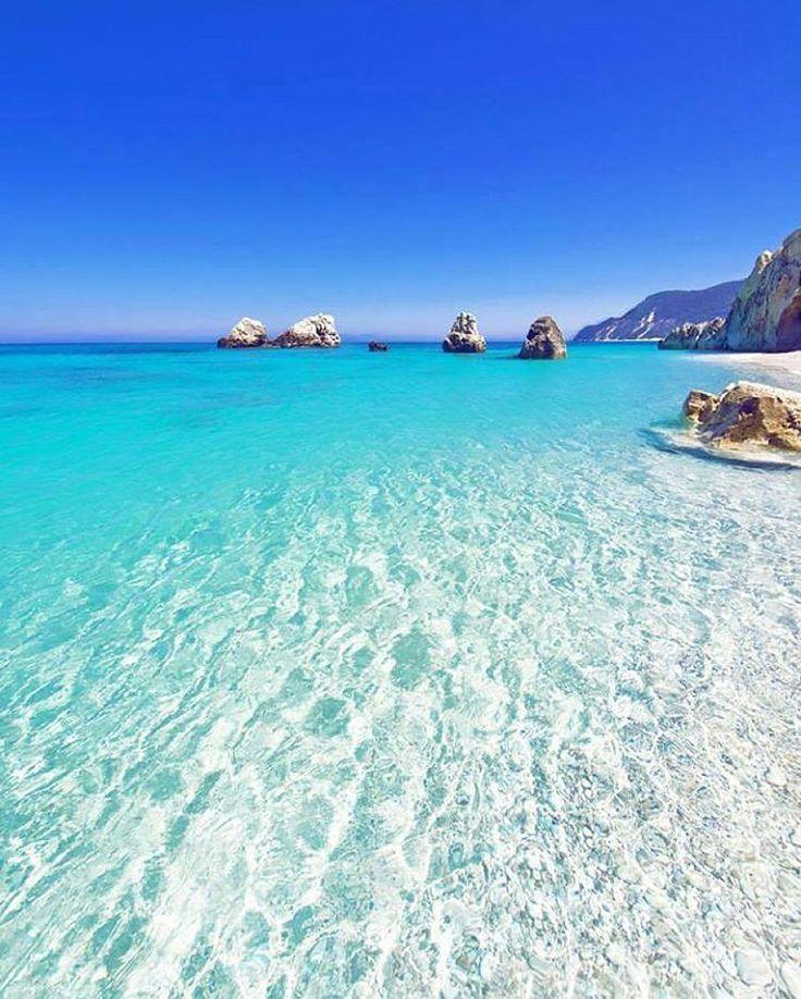 """West Coast is the Best Coast! Lefkada, Greece Repost @bookonin ・・・ #FlyBlogg #Fly_Blogg"""