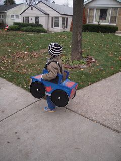 crab+fish: miniDIY: monster truck halloween costume!
