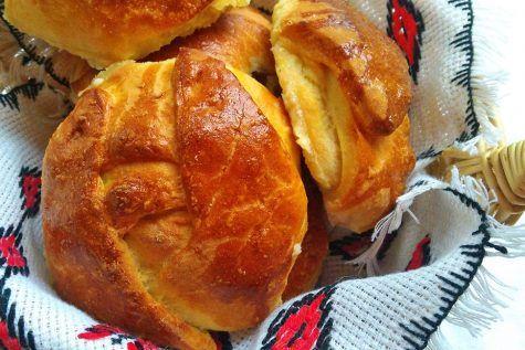 Brânzoaice pufoase cu brânză sărată