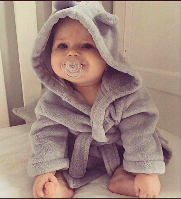 Minnoşluklarıyla Insanı çocuk Sahibi Olmaya Zorlayan Dünyanın En Tatlı Bebekleri Erkek Bebek Stili Bebek Kız Bebek Kıyafetleri