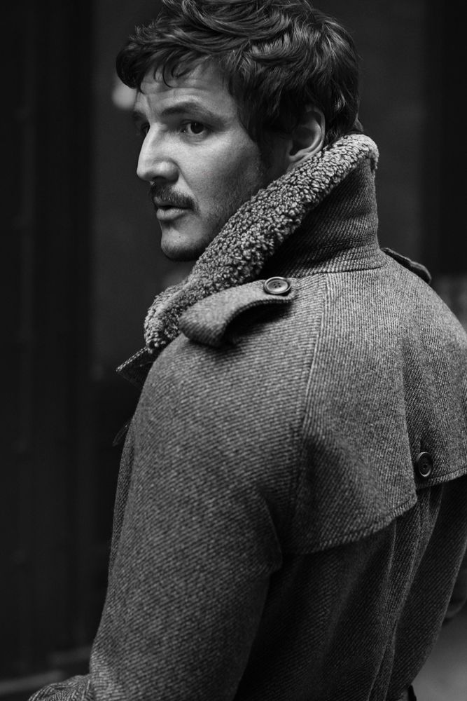 Pedro Pascal....so bummed that he is not on Thrones anymore... I loved his character. :(