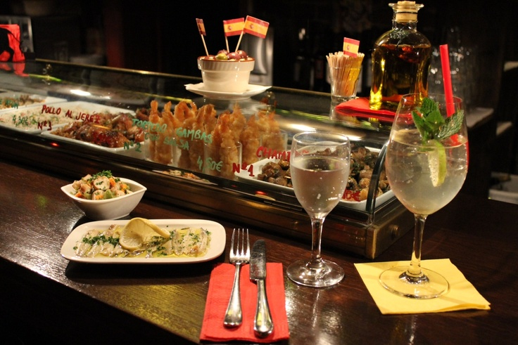 typical spanish Tapas in La Tasca Nueva, Munich. Come in and enjoy the atmosphere, the wine and the delicious food!