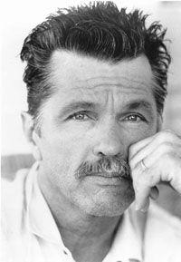 Tom Skerritt est un acteur et réalisateur américain, né le 25 août 1933 à Détroit, dans le Michigan (États-Unis).