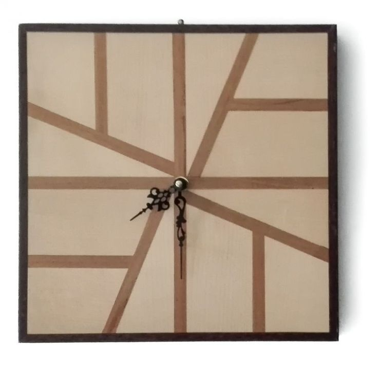 Wall clock Okinawa. Square wall-clock inlaid by hand, the design of which is inspired by the traditional Japanese furniture inlays.