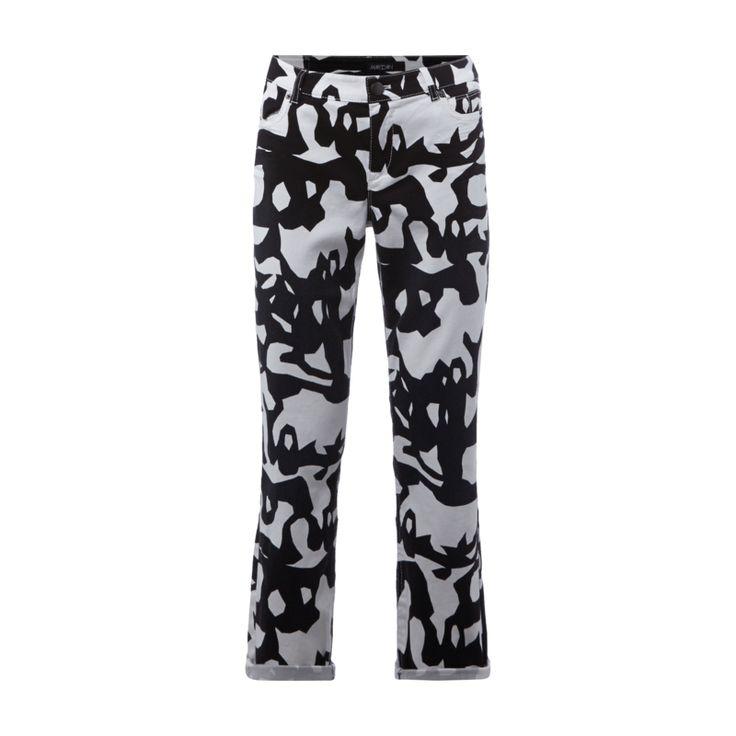 #Marc #Cain #Collections #Jeans mit #Allover-Muster für #Damen - Damen 5-Pocket-Jeans von Marc Cain Collections, Baumwoll-Elasthan-Mix, Coloured Denim , Bund mit Gürtelschlaufen, Knopf- und Reißverschluss, Allover-Muster, Bundweite bei Größe 4: 84 cm , Innenbeinlänge bei Größe 4: 73 cm