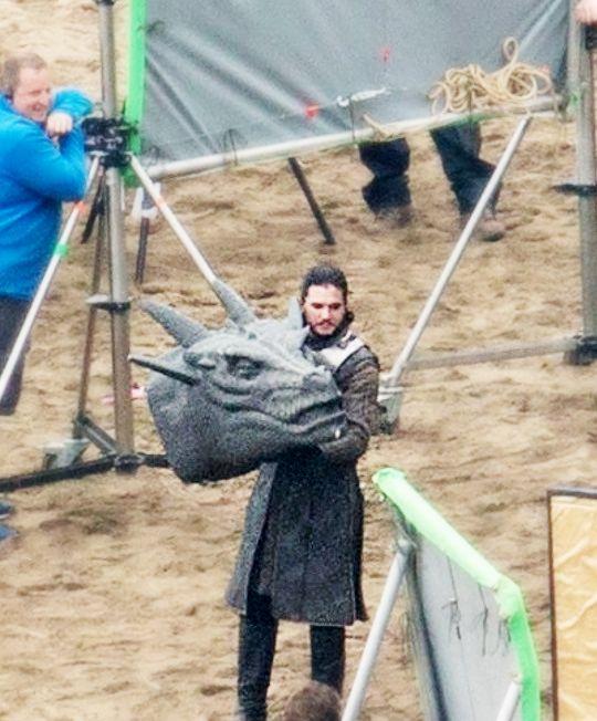 Kit Harington as Jon Snow embracing his Targaryen side. lol (GoT Season 7)