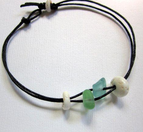 Sea Glass & Puka Shell Bracelet  . . . .   ღTrish W ~ http://www.pinterest.com/trishw/  . . . .   #handmade #jewelry