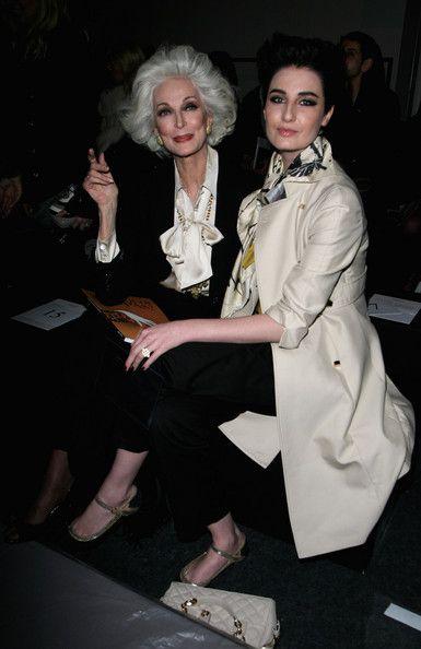 Carmen Dell'Orefice and Erin O'Connor -: London Fashion Week 2009