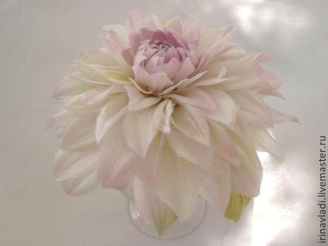 Цветы из натурального шелка, брошь- заколка светло-розовый георгин.Подарок девушке,женщине, искусственные цветы, цветы ручной работы, цветы из ткани, брошь заколка цветок,  брошь цветок георгин. розовый георгин, заколка  для волос цветок. обруч для волос с цветком георгина.ободок для волос  с цветком георгина. украшение для платья, украшение на шляпку, украшение на сумку,брошь цветок георгин, заколка автомат с цветком. заколка краб с цветком