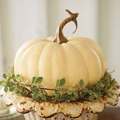 Simple Centerpiece - The Ultimate Southern Thanksgiving