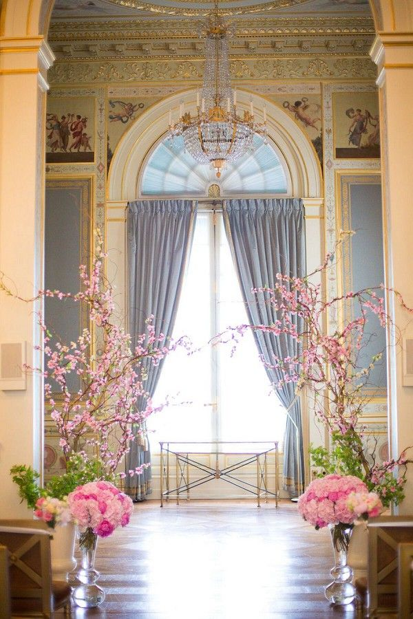 Romantic Destination Shangri La Paris Wedding | Image by Le secret d'Audrey