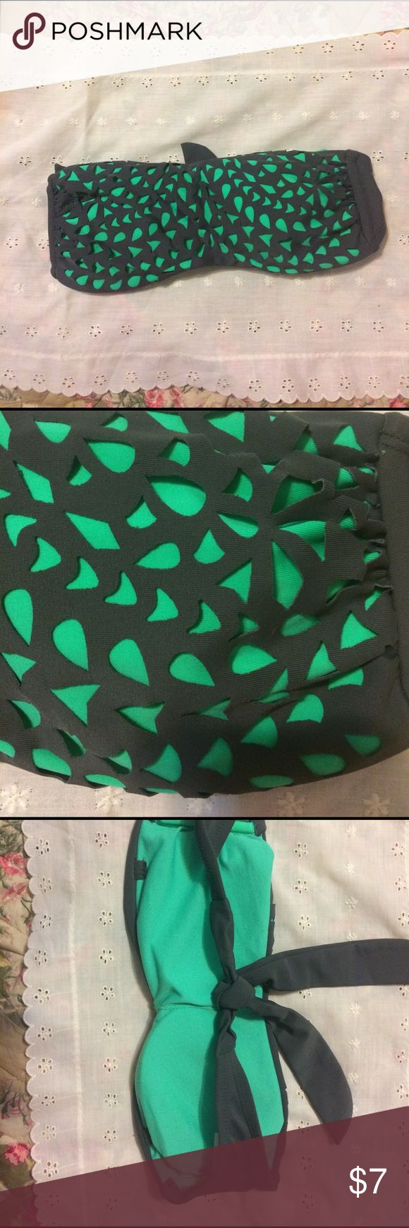 Bandeau Bikini Top Women's Size XS Xhilaration brand green/grey bandeau bikini top. Tie back, Women's Size extra small. Xhilaration Swim Bikinis